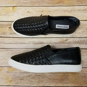 Steve Madden black slip on eshton sneakers